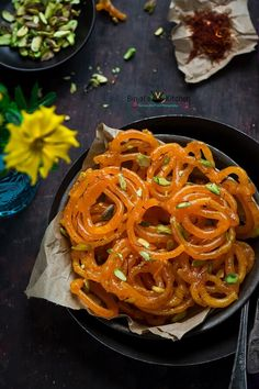 Jalebi is typically served as a 'celebration sweet' in India. Jalebi has crispy, jucy texture. Jalebi is served with malai, yogurt or rabari. Jalebi is very popular during special occasions. Holi Recipes, Snack Recipes, Cooking Recipes, Indian Dessert Recipes, Indian Sweets, Indian Recipes, Indian Snacks, Bengali Food, Indian Street Food
