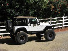 Two Door Jeep Wrangler, Cj Jeep, Jeep Mods, Jeep Cj7, Wrangler Tj, Jeep Truck, White Jeep, Badass Jeep, Offroader