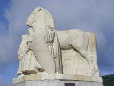 Monument des quatre fils Aymon à Bogny-sur-Meuse.