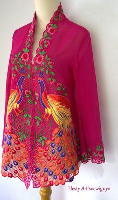 Big Peacock Kebaya Lace, Kebaya Brokat, Kebaya Dress, Batik Kebaya, I Dress, Blouse Batik, Batik Dress, Traditional Fabric, Traditional Outfits