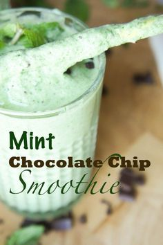 This tastes way too close to a chocolate chip mint milk shake! A mint chocolate chip smoothie, with coconut milk and a surprising amount of spinach, yielding an authentic lovely green hue. #smoothies