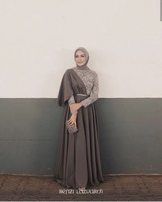 Clothes Inspiration 2019 Ideas For 2019 Hijab Prom Dress, Hijab Gown, Muslimah Wedding Dress, Hijab Style Dress, Casual Hijab Outfit, Dress Muslimah, Dress Ootd, Muslim Wedding Dresses, Dress Casual