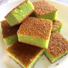 Pandan Hot Milk Cake Pandan or Screwpine is widely used in Southeast Asian culinary scene even way back during the colonial times. They are extremely fragrant, . Pandan Cake, Mochi Cake, Baking Recipes, Dessert Recipes, Easy Recipes, Hot Milk Cake, Butter Mochi, Mochi Recipe, Pound Cake Recipes