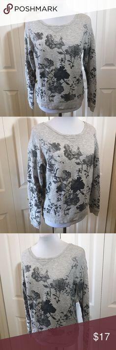 "American Eagle Gray Floral 80's Sweatshirt XS American Eagle Gray Floral 80's Sweatshirt XS Bust: 40"" Length: 21"" American Eagle Outfitters Tops Sweatshirts & Hoodies"