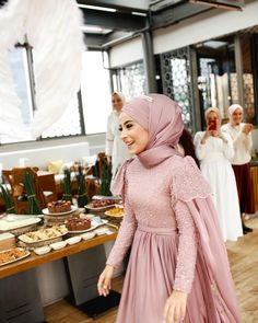 Super Ideas for dress hijab party muslim – Hijab+ – Hijab Fashion 2020 Kebaya Muslim, Kebaya Hijab, Kebaya Dress, Muslim Hijab, Muslim Dress, Kebaya Modern Hijab, Hijab Gown, Hijab Dress Party, Hijab Wedding Dresses
