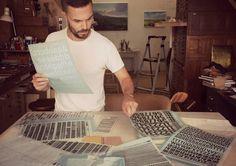 La tipografía es el elemento más importante en la comunicación visual, y debido a su importancia es conocida como ¨la voz escrita¨. Esta práctica...