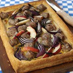 Mustard Sausage and Apple Tart. Delicious! #midweekrecipes #dinnerideas