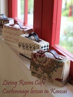 Cartonnage: Living in quarto café Diário