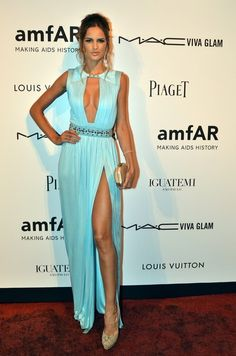 Izabel Goulart Photo - amfAR's 2nd Annual Inspiration Gala Sao Paulo
