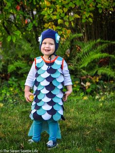 Diy nemo fish costume for your toddler mighty girl mighty girl diy fish costume tutorial for kids solutioingenieria Images