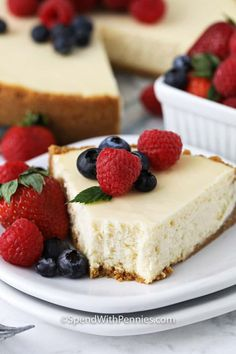 This Cheesecake is decadent & delicious. Rich & creamy cheesecake filling in a buttery graham cracker crust! Top with chocolate, caramel or berries! Berry Cheesecake, Baked Cheesecake Recipe, Chocolate Cheesecake, Homemade Cheesecake, Pumpkin Cheesecake, Food Cakes, Low Carb Torte, Baking Recipes, Dessert Recipes