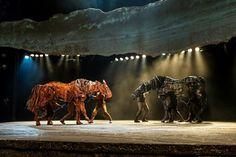 War Horse at the New London Theatre ♡ http://www.lovetheatre.com/tickets/1435/War-Horse?sid=PIN