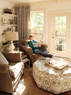 Love the ottoman ~ from Southern Living -- Real-Life Redo: Cozy Den.Decorating Editor Anne Turner Carroll shares the decorating tricks and tips she used in her own small space makeover {slide show} Room Decor, Living Room Decor, Living Room Redo, Room Redo, Home, Small Sitting Rooms, Southern Living, Living Room Furniture, Room