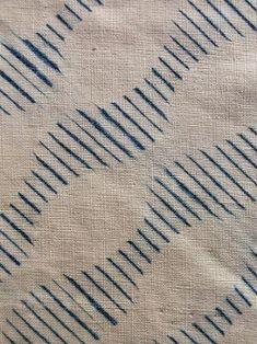 shibori, blue indigo two color Motifs Textiles, Textile Patterns, Textile Prints, Japanese Textiles, Japanese Fabric, Geometric Patterns, Boro, Fabric Painting, Fabric Art