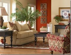 Accent Walls in Living Room | ... wall in an entry can provide a great accent in the living room. I