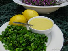 Raw Vegan Lemon Cashew Salad Dressing   -    http://healthyblenderrecipes.com/recipes/raw_vegan_lemon_cashew_dressing/