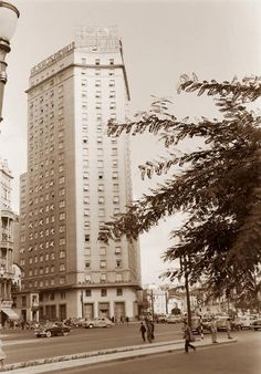 1953 São Paulo Praça das Bandeiras; Hotel São Paulo - maio de 1953