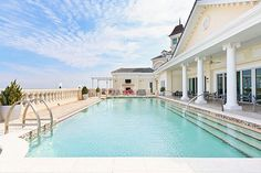 Bar and restaurant Eleven's stunning rooftop pool. Open for villa guests to wine and dine inside, then take a dip! Orlando Resorts, Orlando Florida, Westbury Gardens, Grande Hotel, Rooftop Pool, Resort Villa, Beautiful Pools, Vacation Resorts, Pool Houses