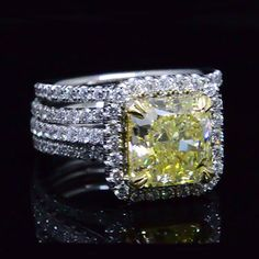 4.86 Ct. Canary Fancy Yellow Radiant Cut Diamond Engagement Ring Set SI1 GIA - Recently Sold Engagement Rings