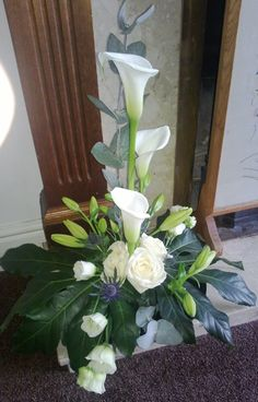 me ~ white calla lily table decoration white calla lily table decoration. Easter Flower Arrangements, Creative Flower Arrangements, Silk Floral Arrangements, Beautiful Flower Arrangements, Alter Flowers, Church Flowers, Funeral Flowers, Wedding Flowers, Floral Wedding