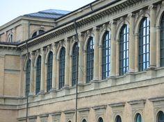 Auf dem Spaziergang von der Münchner Freiheit ins Berliner Viertel stößt man immer wieder auf Gegensätze - und auf das Erbe von Wassily Kandinsky.