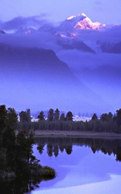 Гора  Тасман Восход от озера Мэтисон, Новая Зеландия - Гарри Лихтман по womanwise