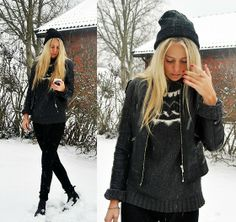 The first snow (by Kajsa Svensson) http://lookbook.nu/look/4311573-The-first-snow