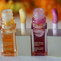 #Kiss with a taste of #honey or #raspberry? #Clarins Instant Light Lip Comfort Oil. First - honey, second - raspberry.  What's your taste ?