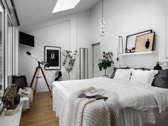 Imagem de home and room Dream Bedroom, Home Bedroom, Bedroom Decor, Nordic Bedroom, Home Interior, Interior Design, Ideas Hogar, Home And Deco, My New Room