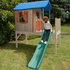 Maisonnette en bois sur pilotis pour enfants avec toboggan Naturel - Guérande - Jouets d'extérieur - Les jeux et jouets - Univers des enfants - Décoration d'intérieur - Alinéa