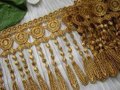 14yds-LARGE-5-Venise-Lace-Fringe-Gold-Quilt-Trim-Curtain-Tassel-Chic-Victorian