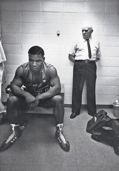 Mike Tyson and his trainer, Cus D'Amato, before his first professional fight - Imgur