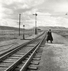 Brakeman in Black: 1939   Shorpy   Old Photos