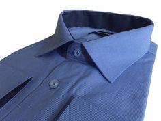 Синяя мужская рубашка в полоску прямого кроя по супер выгодной цене 1990 руб руб, с бесплатной доставкой по Москве и России без предоплаты. В наличие размеры 2XL, M, XL, L, 3XL, 4XL, приезжайте к нам в магазин!
