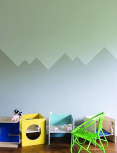 Paredes habitación de niño, muros pintados en zigzag, pintura infantil, decoración infantil, Kidsopolitan http://kidsmopolitan.com/originales-paredes-de-diseno-en-habitaciones-infantiles/ #Kidsdecor #decoracióninfantil