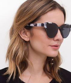 eda907f491842 Óculos de Sol Feminino Gateado - Lojas Renner