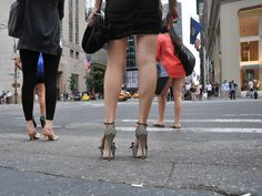 How to stand pain-free in high heels - GlamorousHeels.com