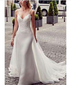 Bom dia!!! #wedding #weddingdress #vestidodenoiva #bride #bridestyle #noiva #noivas #casamento #celebrate #sonho #luxo #inspiração