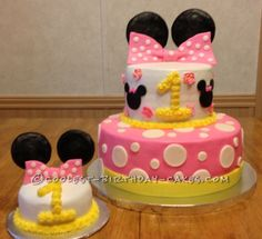 Minnie Mouse 2 Tier Cake with mini Smash Cake for birthday girl