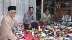 PASURUAN - Upaya pendekatan Polisi kepada masyarakat, TNI, pemuda dan tokoh masyarakat dan alim ulama terus dilakukan POLRI. Diantaranya s...
