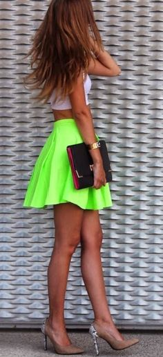 Neon pop. Ok, sorry, I like it on the right person. This girl seems to wear it well.