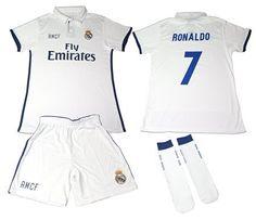 REAL MADRID- Kit 1ª Equipación Infantil 2016-2017 Réplica Oficial Cristiano  Ronaldo- Talla 8 años  camiseta  realidadaumentada  ideas  regalo 453f1062a5e48