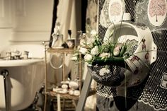 Hand painted porcelain. Lace Collection. Villeroy & Boch object. Design Ana Wagner. Decor Silvia Olteanu. Wagner Arte Workshop.