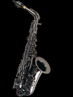 black nickel alto saxophone from Gerald Albright Signature Series Saxophone Instrument, Saxophone Sheet Music, Saxophone Players, Clarinet, Saxophone For Sale, Music Production Equipment, Les Paul Custom, Jazz Artists, Tattoo