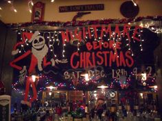 116 best nightmare before christmas decor images on pinterest halloween art halloween crafts and halloween decorating ideas