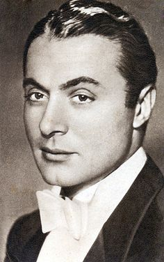 Charles Boyer, quite the french man and actor. That's very true, but I must admit that he had one of the most unappealing voices in Hollywood. Very frog-like and throaty. Hooray For Hollywood, Hollywood Icons, Hollywood Actor, Golden Age Of Hollywood, Hollywood Stars, Classic Hollywood, Old Hollywood, Vintage Movie Stars, Old Movie Stars