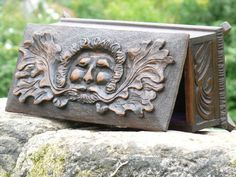SUPERB 19thc GOTHIC BLACK FOREST OAK BOX  WITH GREEN MAN CARVING C.1840