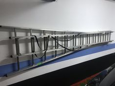 150,00€ · Escalera de aluminio · Vendo Escalera de aluminio de 2 tramos o en V. · Hogar y jardín > Jardín > Otros en jardín