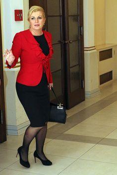 Kolinda Grabar-Kitarovic - curent president of Croatia Boss Lady, Girl Boss, President Of Croatia, Denpasar, Older Women, Sexy Outfits, Hot Girls, Female, Celebrities
