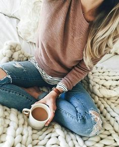 21 Casual Fall Outfit Ideas for You to Steal Lässige Outfits für den Herbst 14 Casual Fall Outfits, Fall Winter Outfits, Autumn Winter Fashion, Winter Wear, Fall Layered Outfits, Fall Dress Outfits, Casual Fall Fashion, Casual Shopping Outfit, Rustic Fashion